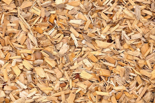 Biomass Wood Chips ~ Bulk blown biomass wood chip thelogcompany